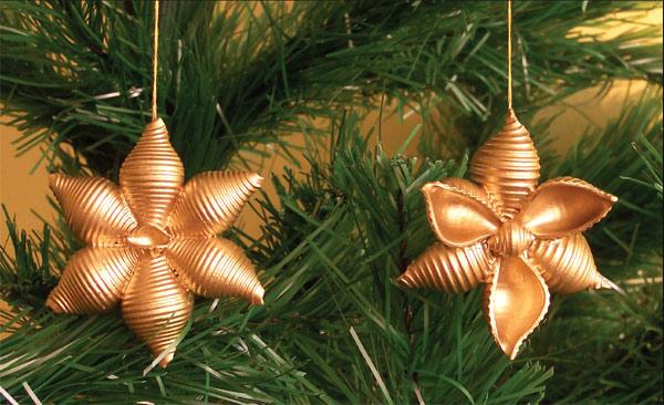 Kwiatek na dwa sposoby ozdoby z makaronu diy czas dzieci for Decorazioni natalizie con la pasta