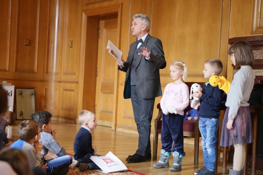 """""""Stworzenie trwałych nawyków lekturowych w dzieciństwie ..."""