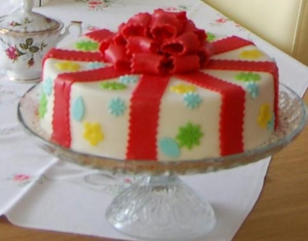 Marcepanowy Tort Urodzinowy Czas Dzieci